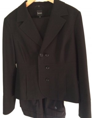 Jones Trouser Suit black