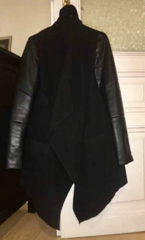 Bershka Short Coat black