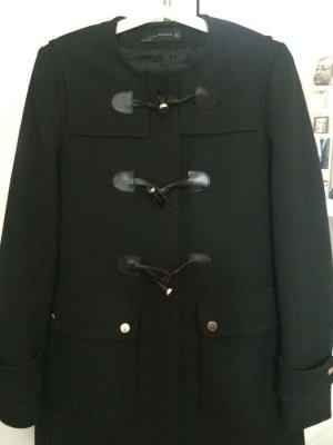 Schwarzer Mantel / Dufflecoat von Zara Gr. S