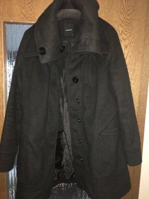 Schwarzer Mantel, Größe S(36/38)