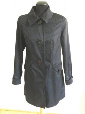 *Schwarzer Mantel H&M*
