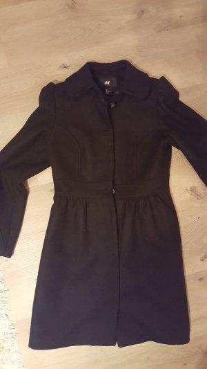 Schwarzer Mantel in Größe S