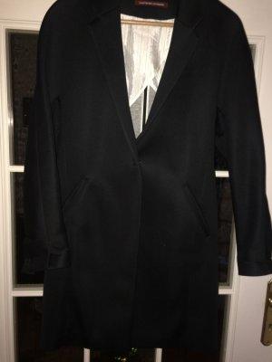 Schwarzer Mantel von Comptoir des cotonniers  -lässig zu tragen