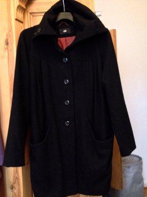Schwarzer Mantel von H&M, Gr. M