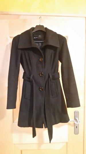 Schwarzer Mantel von Talky Weijl
