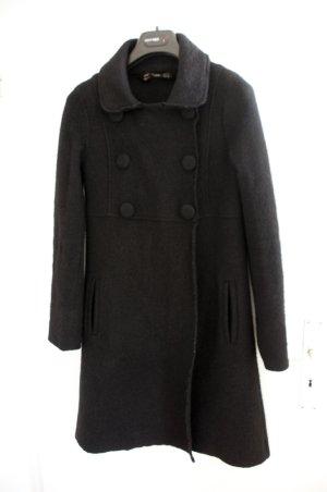 Schwarzer Mantel von ZARA 100% Wolle Parisiene Lolita