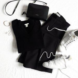 Schwarzer Merino-Pullover H&M M V-Ausschnitt