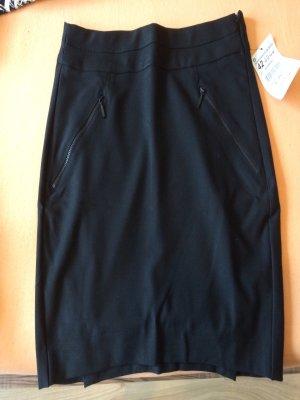 Schwarzer Minirock von Zara Größe 42