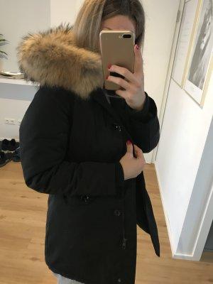 Schwarzer Parka - Echt Pelz Größe 34
