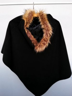 Poncho negro-marrón