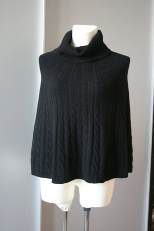 Benetton Knitted Poncho black new wool