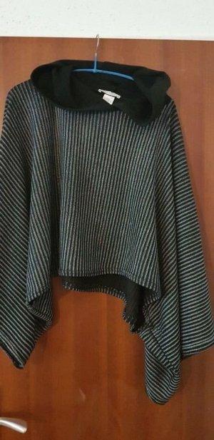 schwarzer Poncho von Zara mit Kapuze Gr M NEU passt bei 36 bis 40