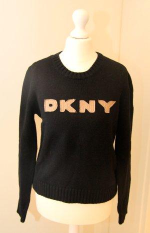 schwarzer Pulli von DKNY #DKNY