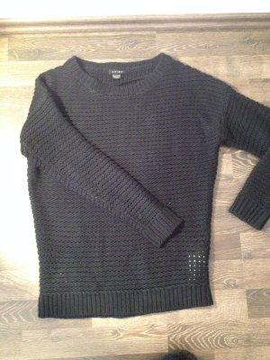 - - Schwarzer Pullover, Gr. XS  - -