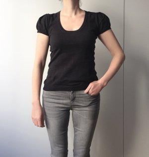 Schwarzer Pullover mit kurzen Puffärmeln / runder Ausschnitt