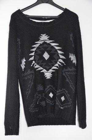 Schwarzer Pullover mit Muster
