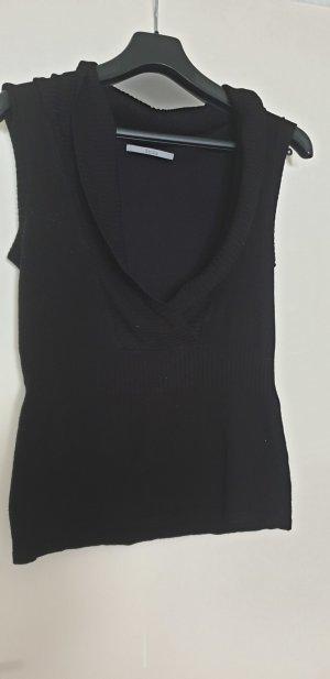 schwarzer Pullunder mit V Ausschnitt