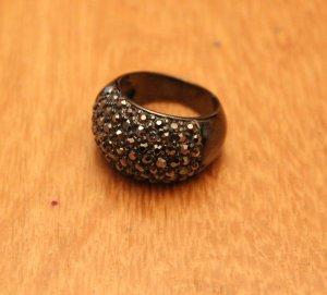 Schwarzer Ring mit grauen Steinchen NEU #Primark