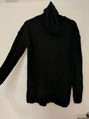schwarzer Rollkragen Pullover