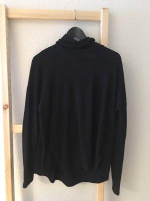 Schwarzer Rollkragen Pullover mit Rückenausschnitt