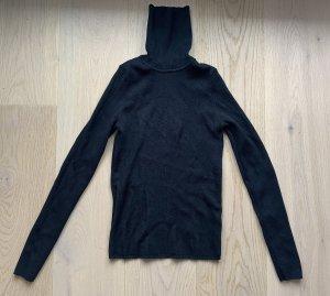 Schwarzer Rollkragen Pullover von zara