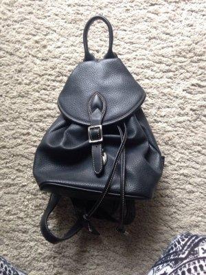 Schwarzer Rucksack von Esprit