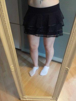 schwarzer Rüschchenrock