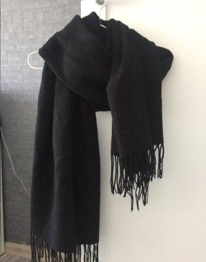 Schwarzer Schal Tom Tailor