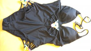 Schwarzer Sexy Badeanzug ungetragen