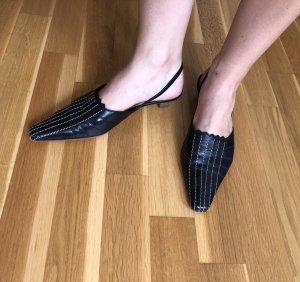 Schwarzer Slipper, Größe 40