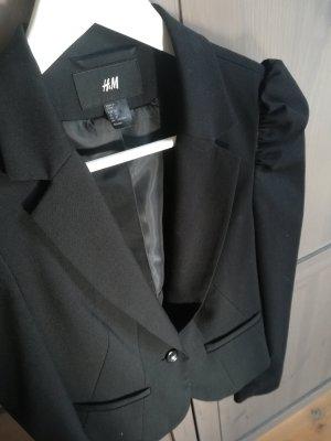 Schwarzer taillierter Blazer H&M