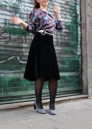 Falda midi negro