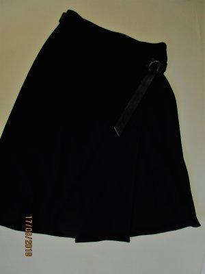 schwarzer Wickelrock