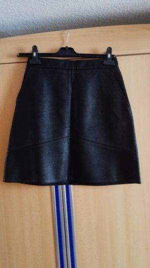 Schwarzer Zara Lederrock A-Linie Größe 34 XS