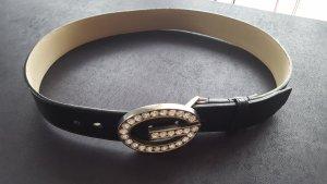 schwarzerLedergürtel von Guess mit grosser Strassschnalle Gr. S