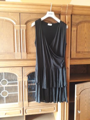 schwarzers Kleid