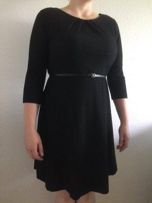 Schwarzes A-Linien Kleid von Comma, Gr.46, Neu mit Etikett