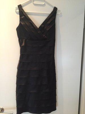 Schwarzes Abendkleid aus Satinqualität von Sienna, ungetragen, Größe 36