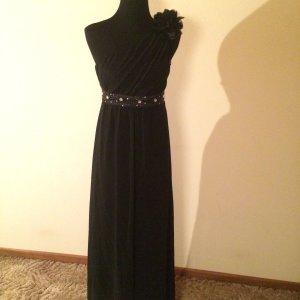 Schwarzes Abendkleid One Shoulder