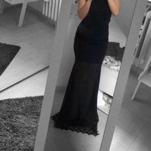 Schwarzes Abendkleid unten Transparent