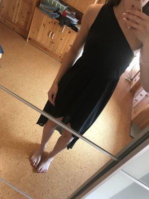 Schwarzes Abendkleid von Even&Odd