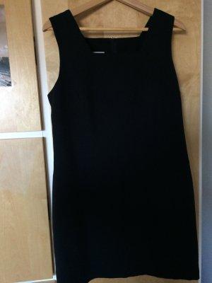 Schwarzes Abendkleid von Scarell
