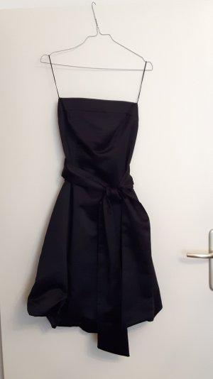 Mariposa vestido de globo negro