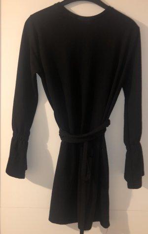 Schwarzes Basic Kleid von Zara