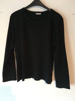schwarzes Basicshirt