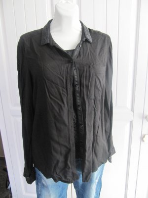 Schwarzes Blusen-Hemd von ESPRIT mit Perlenkragen, Gr. L