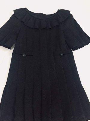 Schwarzes Chanel Kleidung
