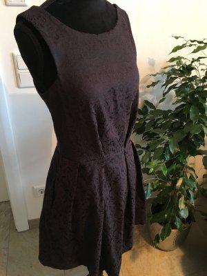 schwarzes Closet Kleid elegant Etuikleid Abendkleid