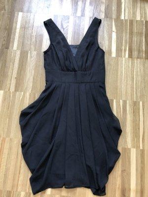 Schwarzes Cocktail-Kleid mit V-Ausschnitt von Only