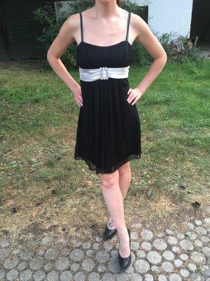 Vestido de cóctel negro-blanco